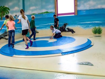Indoor-Spielplatz - Spiel - Spaß - Spannung!