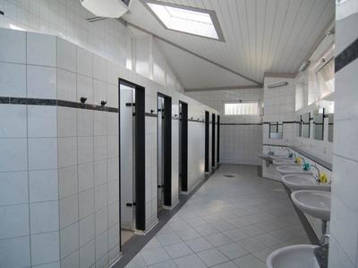 Sanitärhaus III-5